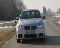 waptrick.com BMW M 550 Xdrive