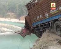 waptrick.com Landslide in Sikkims Rongpo