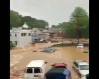 waptrick.one Massive floods in Ellicott City - Maryland