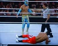 waptrick.com WWE Raw - Sin Cara vs Primo