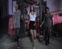 Bong Diggy Bang Video Clip