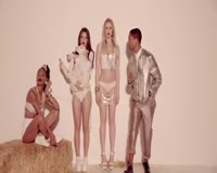 Blurred Lines Video Clip