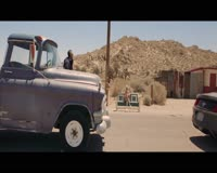 Travie McCoy feat Sia- Golden Video Clip