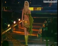I am A Slave 4 U Live From Las Vegas Video Clip