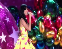 Teenage Dream and Hot N Cold Live Video Clip