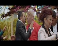Evlenmene bak Klip ng Video