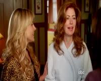 waptrick.com Dana Delany Julie Benz and Teri Hatcher Desperate Housewives S06 E17