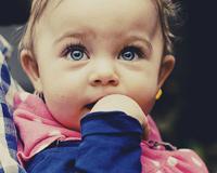 Baby Blue Eyes ile Bebek