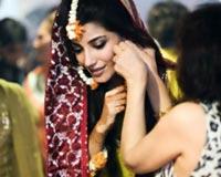 Navin Waqar Wedding Photos Husband Azfar Ali 01