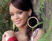Rihanna 79