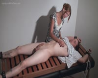 borwap.com Slow Stroke Extraction Handjob 1