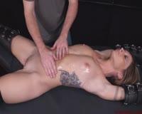 borwap.net Superb Auburn Babe Gets A Full Masturbation With Vibrator