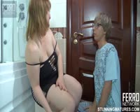redwap.biz Mature Mom Funs in the Bath
