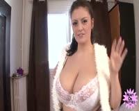 redwap.biz Happy Big Woman Spreads for You